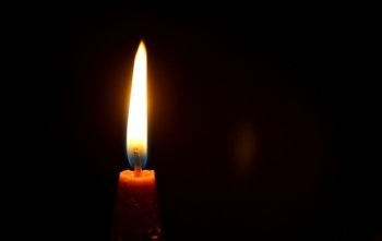 Candle-353X221