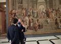 Στη Βουλή Των Ελλήνων Η Ταπισερί «Η Σχολή Των Αθηνών»