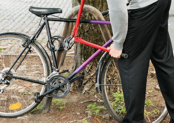 Ο Κλέφτης Των Ποδηλάτων Συνεληφθη