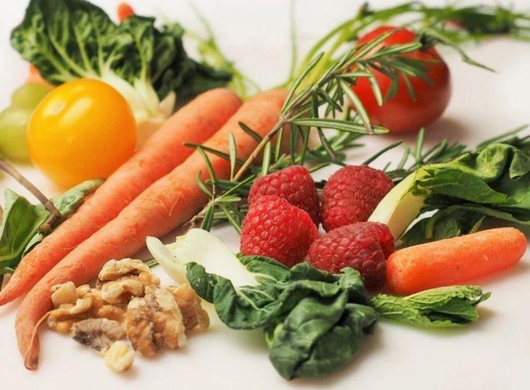 Ποιες Τροφές Ανεβάζουν Το Ουρικό Οξύ