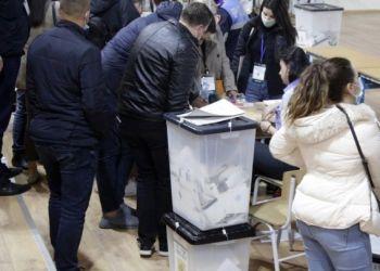 Στην Αλβανια Σε Εξέλιξη Η Καταμέτρηση Ψήφων