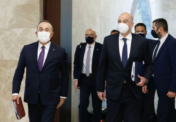 Το Φυσάνε Και Δεν Κρυώνει Οι Τούρκοι: Λυσσαλέα Επίθεση Των Μμε Στον Δένδια Για Τη «Μονομαχία» Με Τσαβούσογλου