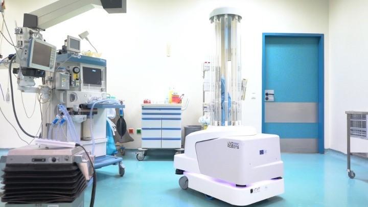 Ένα Ρομπότ Ανέλαβε Καθήκοντα Απολύμανσης Στο Νοσοκομείο Παπαγεωργίου
