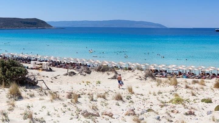 Η Ελλάδα δεύτερη χώρα παγκοσμίως σε Γαλάζιες Σημαίες