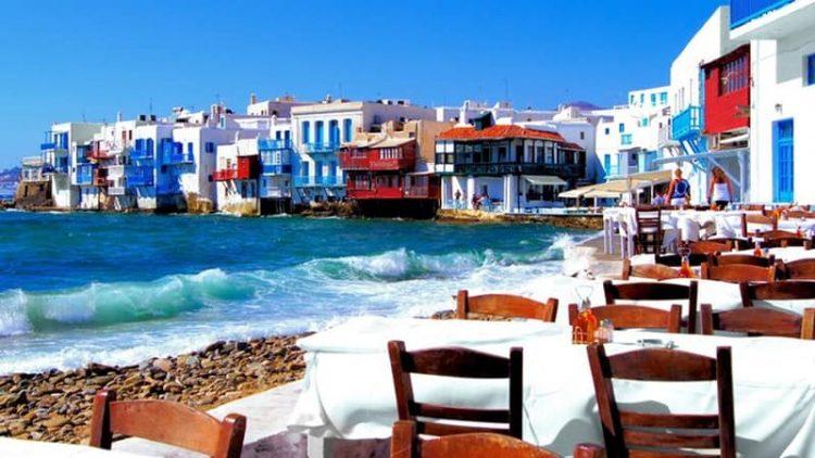 «Μπαράζ» ελέγχων στα ελληνικά νησιά