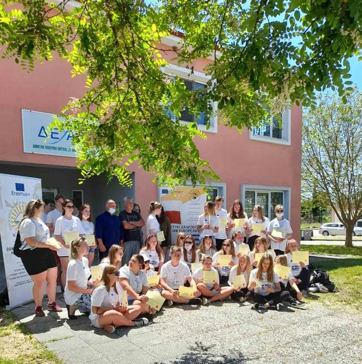 Πολωνοί Φοιτητές Κτηνιατρικής Στο Δημ.κυνοκομείο Κατερίνης