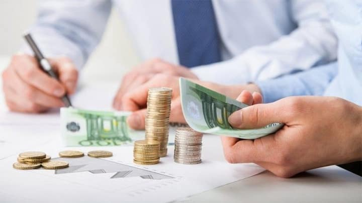 Πού να επενδύσετε τα λεφτά σας την εποχή των μηδενικών επιτοκίων