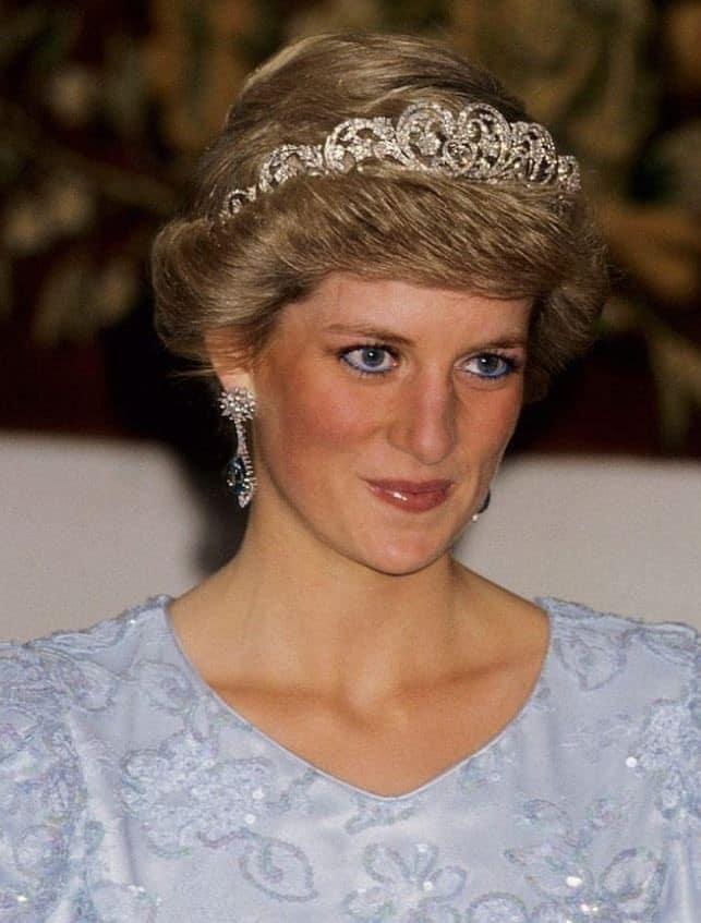 Πριγκίπισσα Νταϊάνα: Η Πιο Όμορφη Γαλαζοαίματη Όλων Των Εποχών