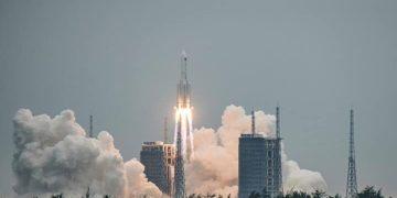 Συντρίμμια Κινεζικού Πυραύλου Θα Ει Σέλθουν Στη Γήινη Ατμόσφαιρα Το Πρωί Της Κυριακής