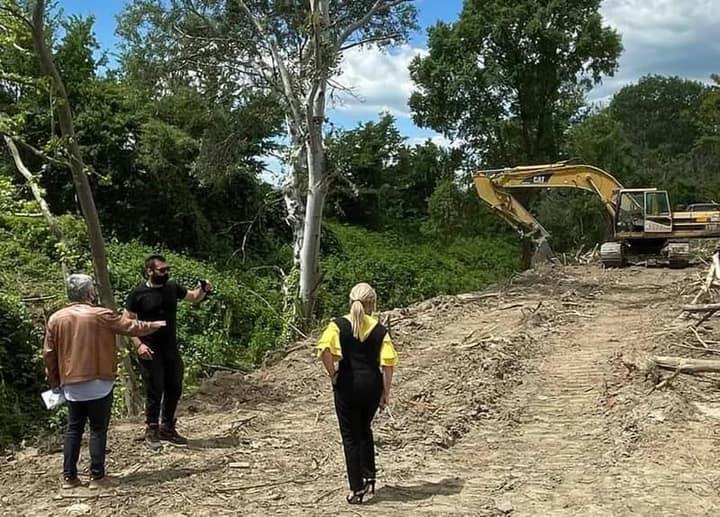 Σωστικές ενέργειες – καθαρισμός ρέματος στο Αιγίνιο