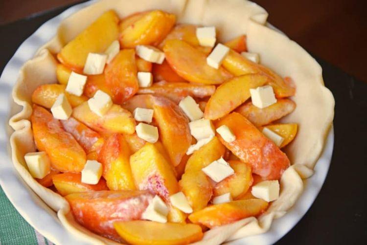 Η γνήσια αμερικάνικη συνταγή για πίτα με ροδάκινα