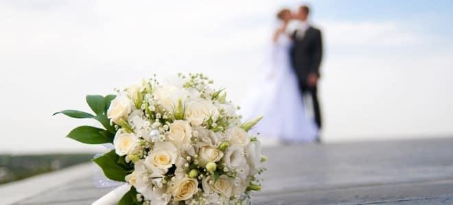 Τι Ισχύει Τελικά Για Γάμους Και Βαπτίσεις: Ορια Ατόμων, Μάσκες, Μουσική Ολα Τα Μέτρα Για Τους Ναούς Και Το Γλέντι
