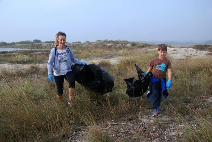 Την Κυριακή Καθαρίζουμε Την Παραλία Αλυκής Κίτρους!