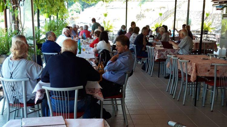 Η Ενωση Συνταξιούχων Εμπόρων στη λίμνη Κερκίνη