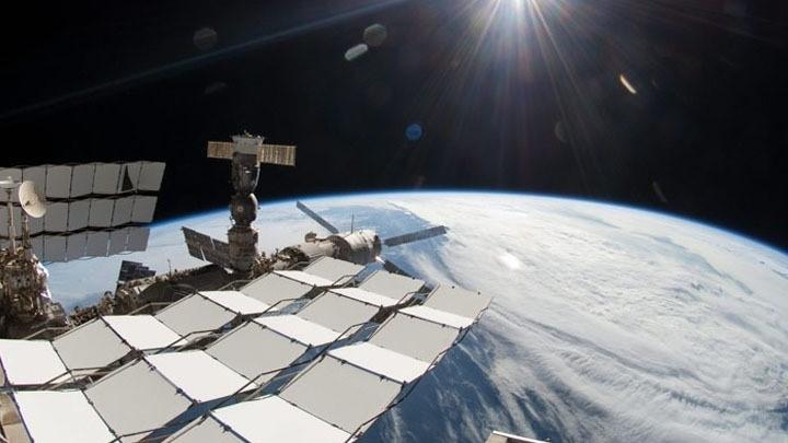 Η Τουρκία σχεδιάζει να στείλει ρόβερ στη Σελήνη έως το 2030 και αστροναύτη της στον ΔΔΣ