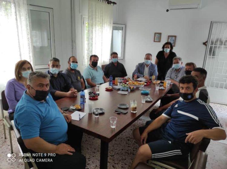 Με Τα Συμβούλιο Των Κοινοτήτων Ελάφου, Καταλωνίων, Εξοχής