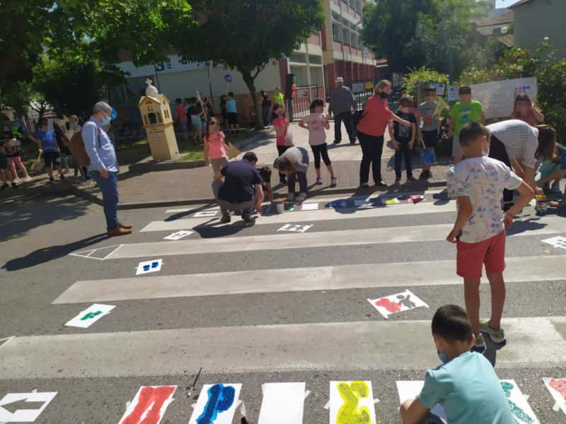Οι Μαθητές Χρωματίζουν Τις Διαβάσεις