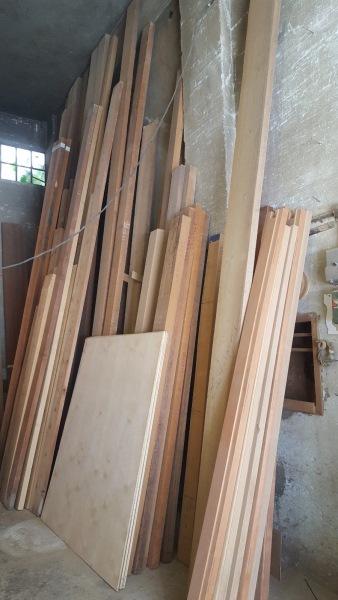 ΠΩΛΕΙΤΑΙ ξυλεία επίπλων σε πολύ καλή τιμή