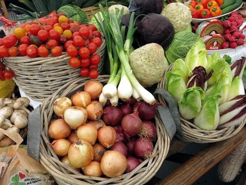 Ποιό λαχανικό έχει την ιδιότητα να καίει θερμίδες ενώ το καταναλώνεις