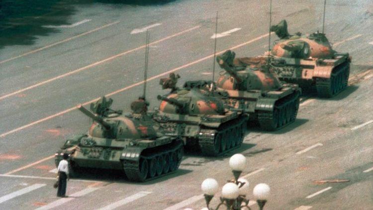 Tank Man – Ο Διαδηλωτής Απέναντι Στο Τανκ