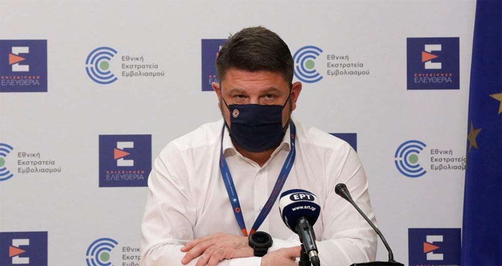 Τέλος η απαγόρευση κυκλοφορίας και οι μάσκες σε εξωτερικούς χώρους