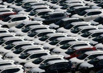 Το 5% των Βρετανών και το 9% των Γερμανών σκέφτεται να αγοράσει καινούριο αυτοκίνητο τον επόμενο χρόνο