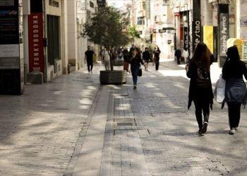 ΕΣΕΕ: Σήμα κινδύνου για τη ρευστότητα του λιανεμπορίου