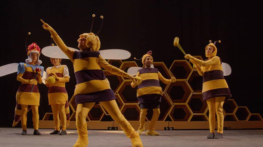 Μάγια η μέλισσα – η επίσημη θεατρική παράσταση