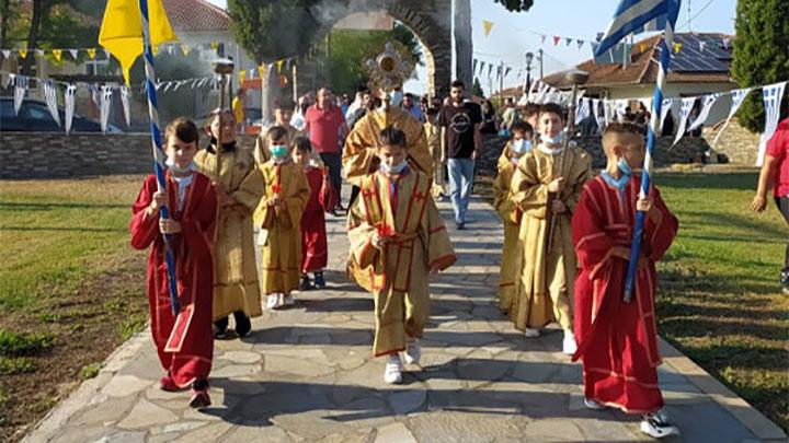 Το Δίον τίμησε την πολιούχο του Αγία Παρασκευή