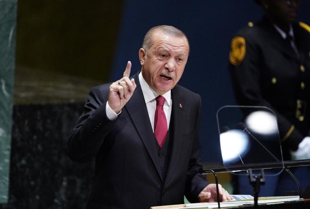 Χλευάζουν τον Ερντογάν στα Social Media