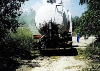 Κατηγορούνται ότι άδειασαν υγρά απόβλητα σε αγωγό νερού του Αλιάκμονα