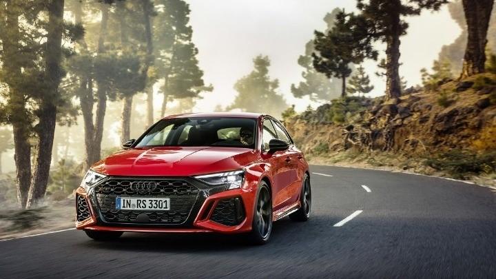 Tο Νέο Audi Rs 3 Προσφέρει Έντονες Συγκινήσεις Σε Πίστα Και Δρόμο