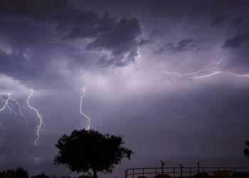 Καιρός – Έκτακτο δελτίο επιδείνωσης: Καταιγίδες, χαλαζοπτώσεις και πολύ ισχυροί άνεμοι