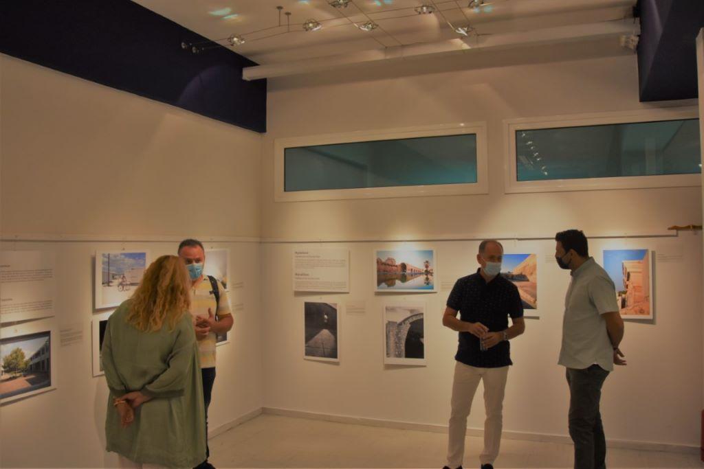 Εγκαίνια για την έκθεση φωτογραφίας «Εξερευνώντας τις πόλεις μας»
