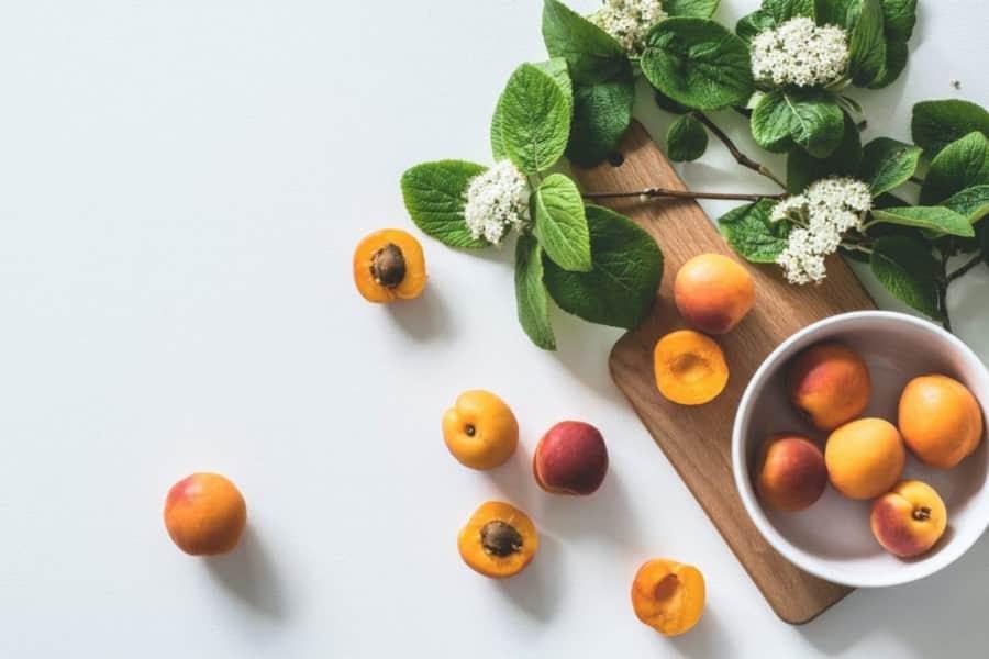 Καλοκαιρινά φρούτα: Πόσες θερμίδες έχει το καθένα;