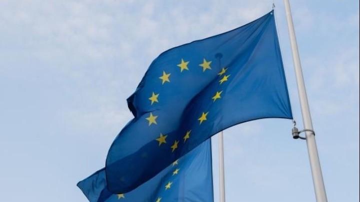 Οι νέοι στην Ελλάδα αργούν να φύγουν από το σπίτι των γονιών τους, σύμφωνα με στοιχεία της Eurostat