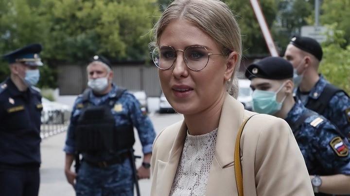Συνεργάτιδα του αντιπολιτευόμενου Ναβάλνι τέθηκε σε καθεστώς επιτήρησης