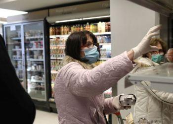"""""""Χάσμα"""" στις καταναλωτικές συνήθειες εμβολιασμένων και μή"""