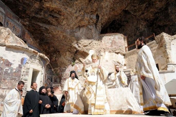 Δεκαπενταύγουστος: Το μήνυμα του Οικουμενικού Πατριάρχη από τη Θεία Λειτουργία στην Παναγία Σουμελά