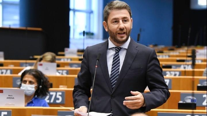 Νίκος Ανδρουλάκης: 3 φορές περισσότερες οι καμένες εκτάσεις στην Ιταλία