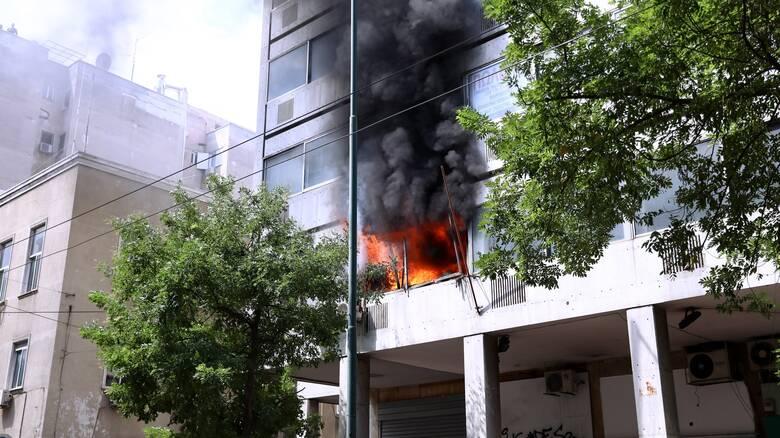 Πυρκαγιά σε όροφο κτιρίου γραφείων επί της οδού 3ης Σεπτεμβρίου στην Αθήνα
