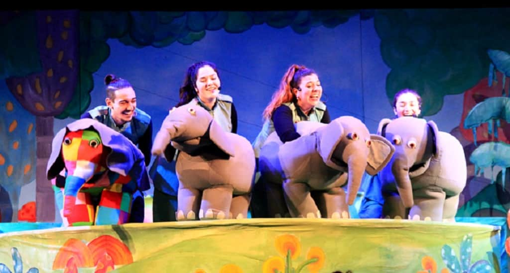 "H επίσημη θεατρική παράσταση του ""Έλμερ του Παρδαλού Ελέφαντα"""