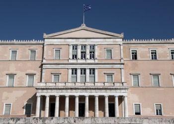 Η ελληνική οικονομία απογειώνεται