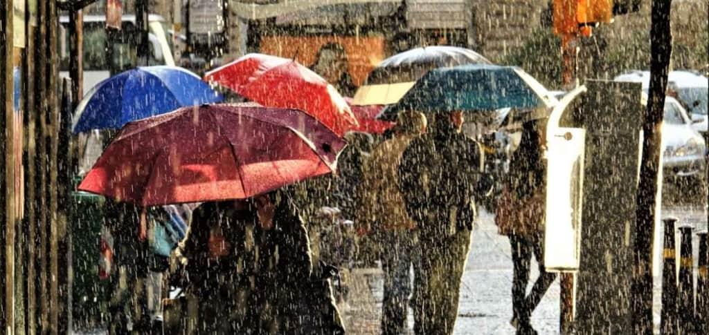 Καιρός: Έρχονται βροχές και καταιγίδες την Δευτέρα – Ποιες περιοχές θα επηρεαστούν