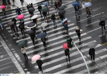 Καιρός σήμερα: Βροχές σε όλη τη χώρα – Πέφτει η θερμοκρασία