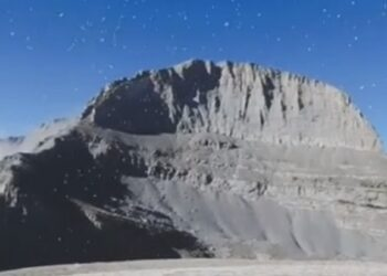 Kορυφές στον Όλυμπο: Το πρώτο χιόνι (vid)