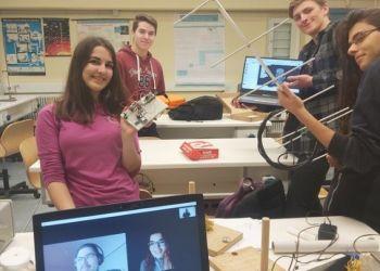 Μαθητές κατασκεύασαν εκπαιδευτικό δορυφόρο