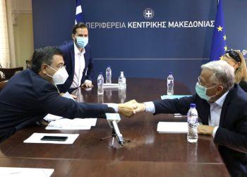 Σύμφωνο συνεργασίας υπέγραψαν ο Περιφερειάρχης Κεντρικής Μακεδονίας Α. Τζιτζικώστας και ο Πρόεδρος του 'Χαμόγελου του Παιδιού' Κ. Γιαννόπουλος