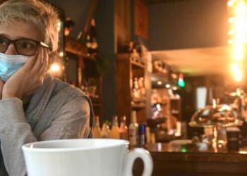 Συναγερμός για αυξήσεις σε καφέ, ψωμί και ενέργεια – Φόβοι πως ο καφές θα φτάσει τα 5€