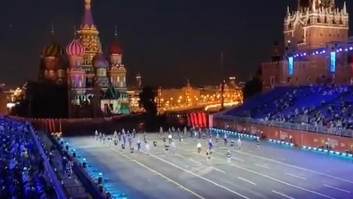Στην Κόκκινη Πλατεία της Μόσχας τίμησαν τον Μίκη Θεοδωράκη